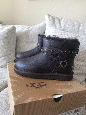 UGG Boots aus Leder