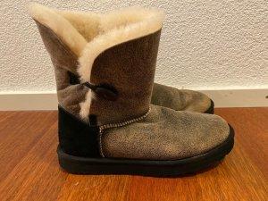 Ugg Boots -bailey button - schwarz - 41