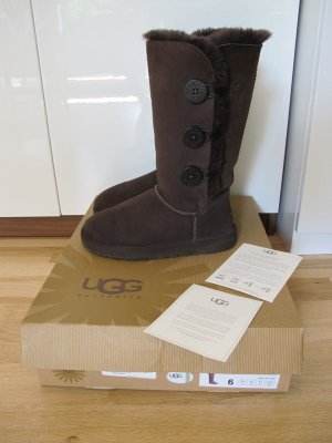 Ugg Boots Bailey Button Triplet Braun 37