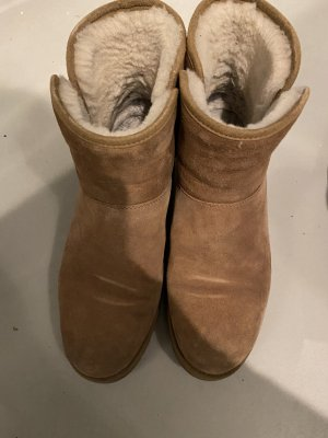 UGG Australia Bottes de neige beige cuir