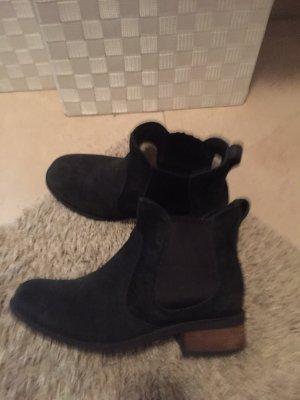 UGG Low boot noir