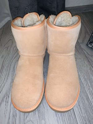 UGG Snow Boots nude