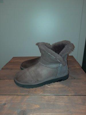 UGG Boots Classic Cuff