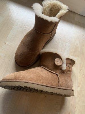 UGG Boots Classic mini chestnut