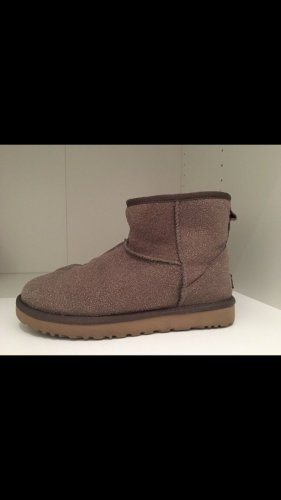 UGG Australia Winter Booties light brown
