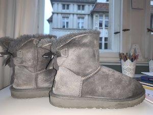UGG Boots Damen Mini Bailey Bow ll