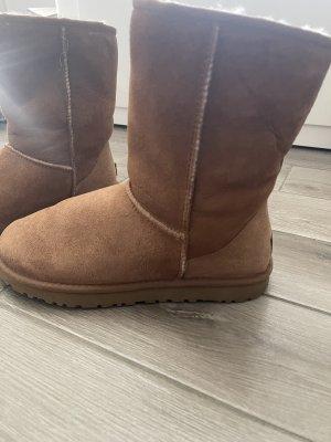UGG Australia Futrzane buty beżowy-camel