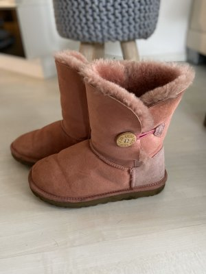 UGG Snow Boots pink suede