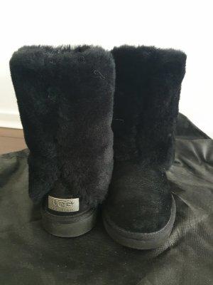 UGG Australia Snow Boots black