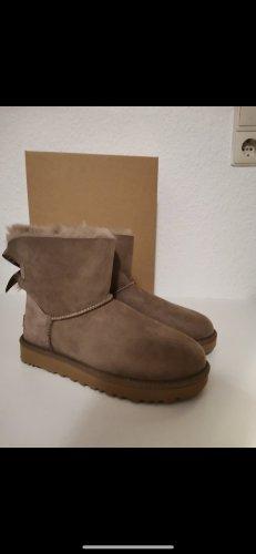 UGG Australia Futrzane buty beżowy