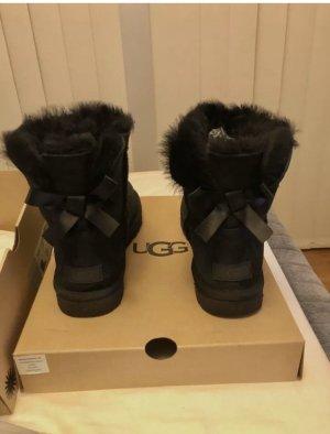 UGG Boots Mini Bailey bow 2