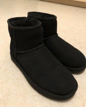 Ugg boots mini schwarz