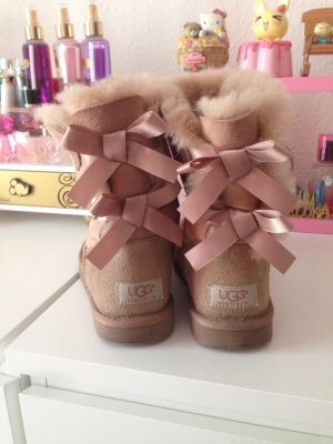 Ugg boots mit bow Rose
