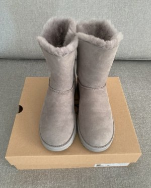 UGG House Boots light grey
