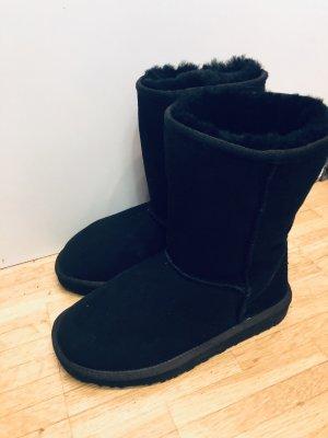 Ugg Boots schwarz Schuhe Stiefel 36 neuwertig