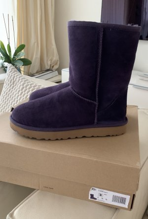 UGG Boots Siefel Classic Short ll lila nagelneu neu Gr.39/8