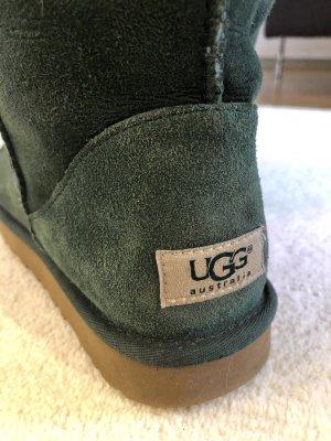 UGG Classic Short