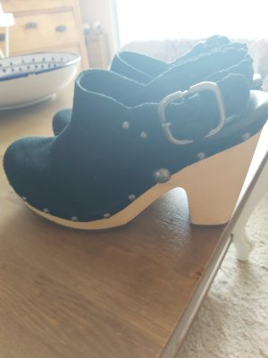 UGG Socque noir cuir