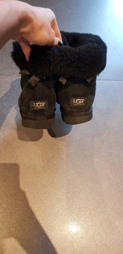 UGG Damen Boots Bailey Stiefel, Gr. 40