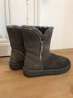 UGG Futrzane buty szary-srebrny
