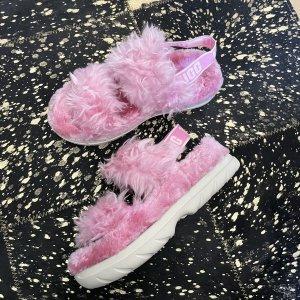 UGG Scuffs pink