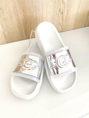UGG Sandały plażowe biały-srebrny