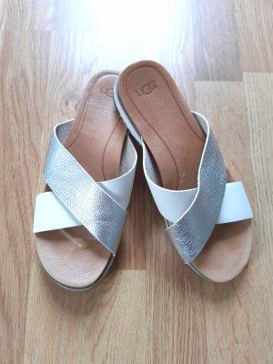 Ugg Kari Sandale Weiß-Silber
