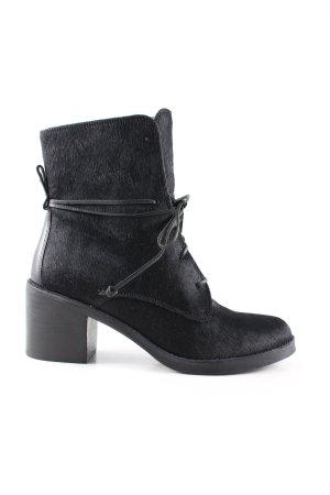 UGG Keil-Stiefeletten schwarz Casual-Look