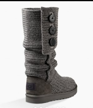 Ugg knit boots grey