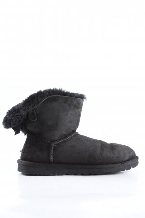 UGG Short Boots black casual look
