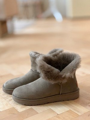 UGG Ankle Boots green grey-khaki leather