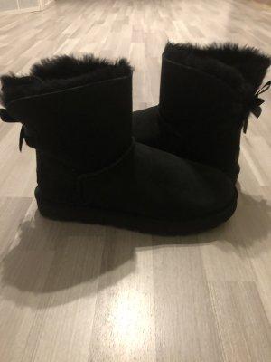 UGG Mini Bailey Bow Boot black