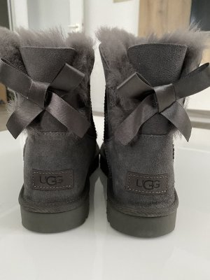 UGG mini Bailey bow - boots -chestnut -neu