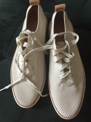 UGG naturweiße Sneakers 40 NEU sportliche Impressionen NP 99 Euro