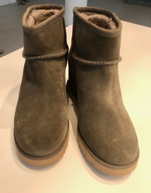 UGG Fur Boots grey brown leather