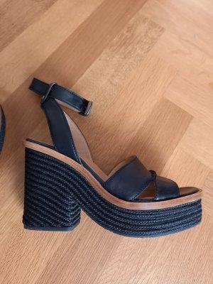 UGG Platform High-Heeled Sandal black