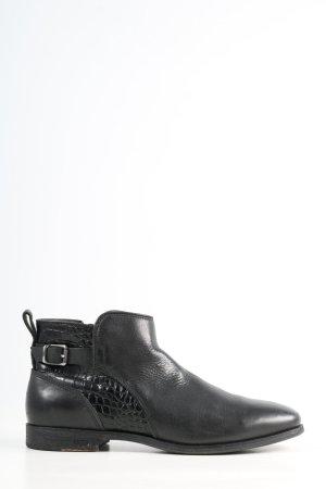 UGG Reißverschluss-Stiefeletten schwarz Animalmuster Casual-Look