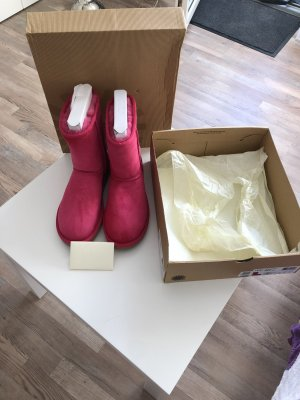 UGG's in Pink