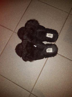 UGG Comfort Sandals black