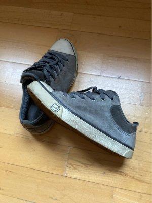 UGG Sneaker, graues Echtleder, 40