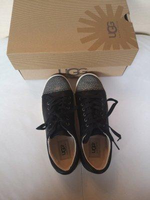 UGG Sneakers neu mit OVP