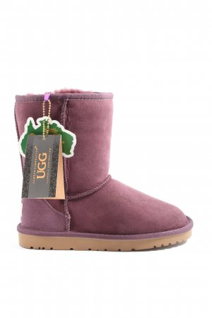 UGG Snow Boots pink casual look