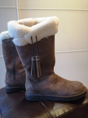 UGG Australia Winter Boots brown