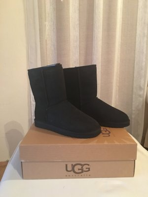 UGG STIEFELETTEN BOOTS CLASSIC SHORT