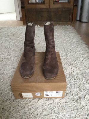 UGG Bottines à enfiler brun daim