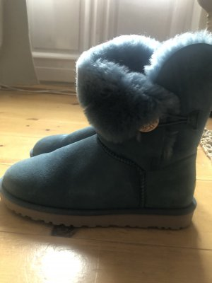 Uggs Australia Bailey Button mit Karton