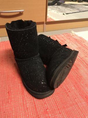UGG Low boot noir daim