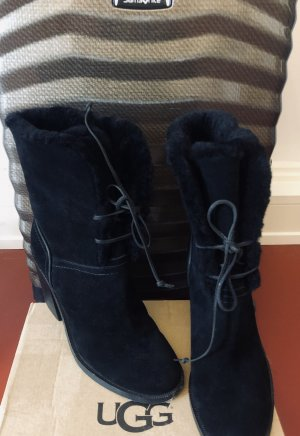 UGGs - Boots - Stiefeletten - Gr. 39 - Lammfell - 1/2 Std. getragen - wie NEU