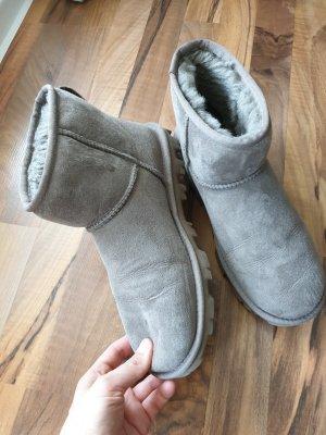UGGs/ Winterboots/ Boots/ Winterschuhe