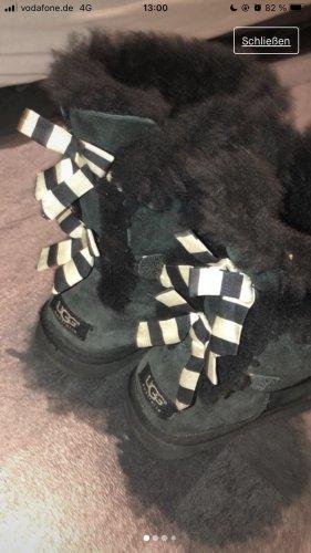 ugh boots schleifen